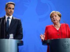Almanya'dan Yunanistan'a askerler ile ilgili uyarı