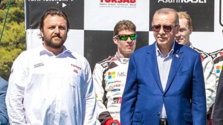 Ralli şampiyonu Serkan Yazıcı'dan alkış alan hareket!