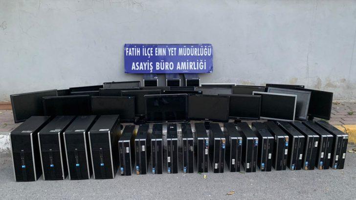 Fatih'te bilgisayar hırsızlarını operasyon