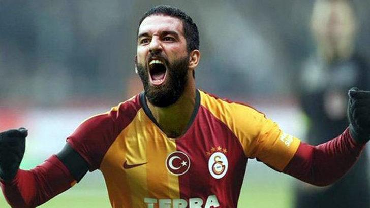 Galatasaray'ın yeni kaptanı Arda Turan oldu