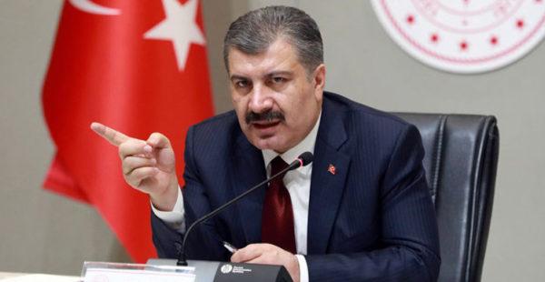 Sağlık Bakanı Koca, tatilcileri uyardı