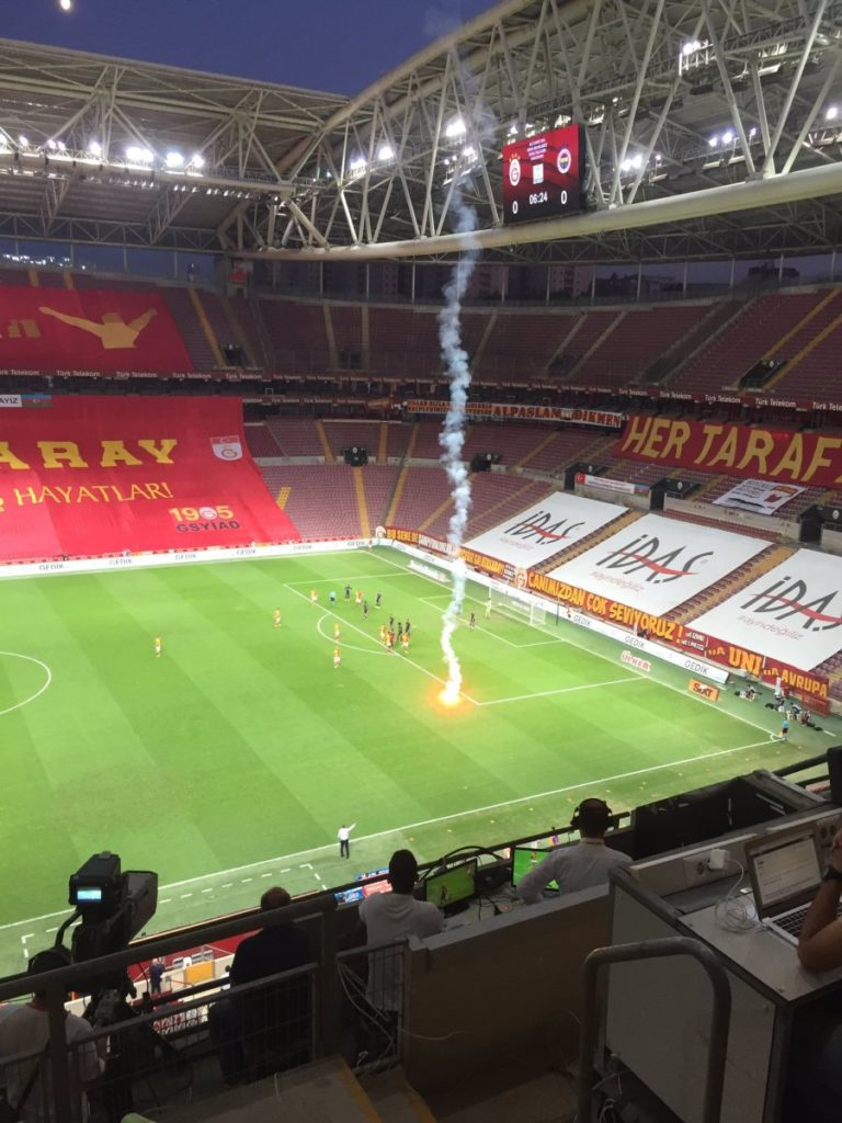 Galatasaray Fenerabahçe derbisi: